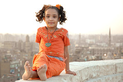 Cairo Beauty #1 (ania.egypt) Tags: travel portrait orange holiday girl minaret islam egypt cairo egyptian wakacje egipt dziewczyna portet podr kair pomaracz