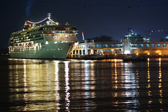 Star Virgo docking at Harbour Front Singapore (williamcho) Tags: vacation holiday gambling game tourism night reflections fun singapore ship casino cruiseship harbourfront leisure bluehour blending goldenmix starvirgo colorartawards flickrestrellas williamcho