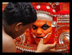 colors of belief ! (sreeji..) Tags: old red india art net colors photography photo god photos sony makeup traditions belief kerala images front explore page dsc inspiring thira h7 theyyam sreejith kannur foms sreeji theyyattam taliparamba earthasia    thaliparamba  sreejinet  kenoth
