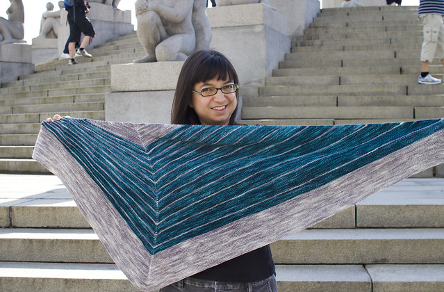 this shawl uses equal amounts of each color