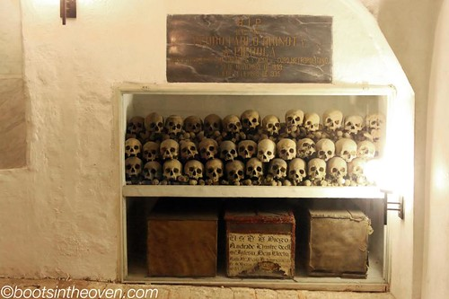 Skulls in the Catedral