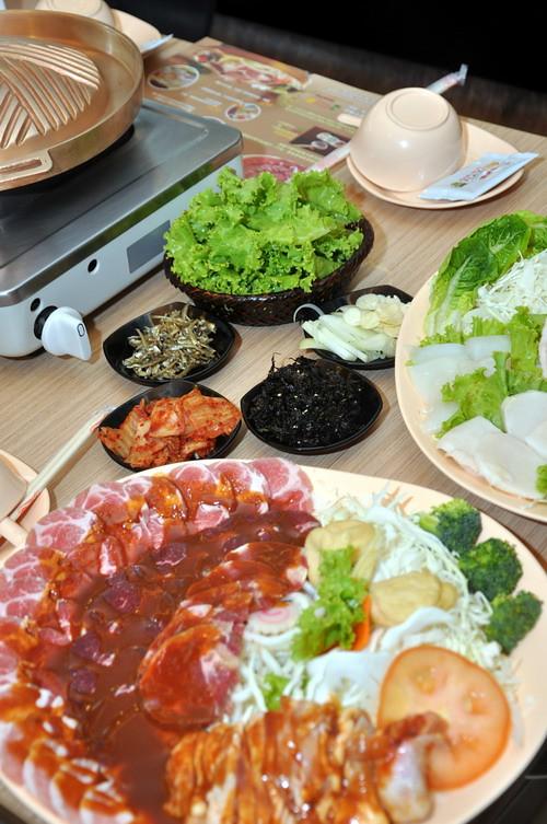 korean family set