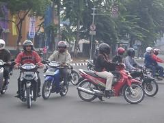 Typische Verkehrsszene in Jakarta