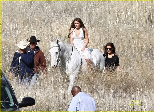 miley-cyrus-white-horse-photo-shoot-19
