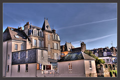 Landerneau hdr eos 50d... 1re (Erwan bazin photography (F2.8) very busy!) Tags: blue sky house france clouds photoshop bretagne bleu ciel 29 nuages maison hdr finistre retouche bazin photomatix landerneau 50d photomatixpro canoneos50d breaketing thebestofday gnneniyisi erwanbazin 3expos 18200is reflexcanon objectifcanon18200is ponthabit habitationhdr reflexeos50d