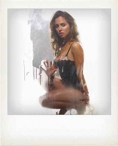 eliza-dushku-nude-dollhouse-07