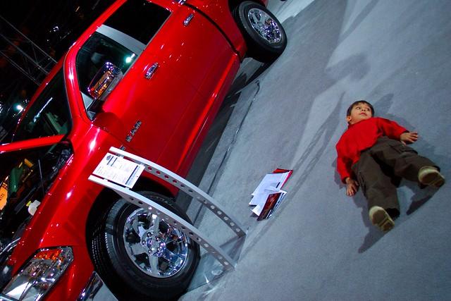 toronto ontario canada truck nikond100 gimp pickup crop dodge ram nico ufraw canadianinternationalautoshow dsc13282editcrop