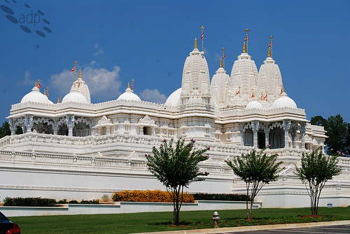 ADP_BAPS_Temple_Side[2009]