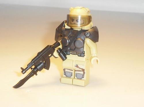 H013 Delite sodlier custom minifig