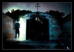 Belchite en la oscuridad (moneth_grise) Tags: abandoned village fear ghost pueblo aragon fantasma miedo abandonado belchite fotografianocturna fzpcn090703