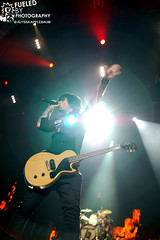 Billie Joe - Green Day (Fueled By Photography) Tags: chicago green illinois day united center 71309