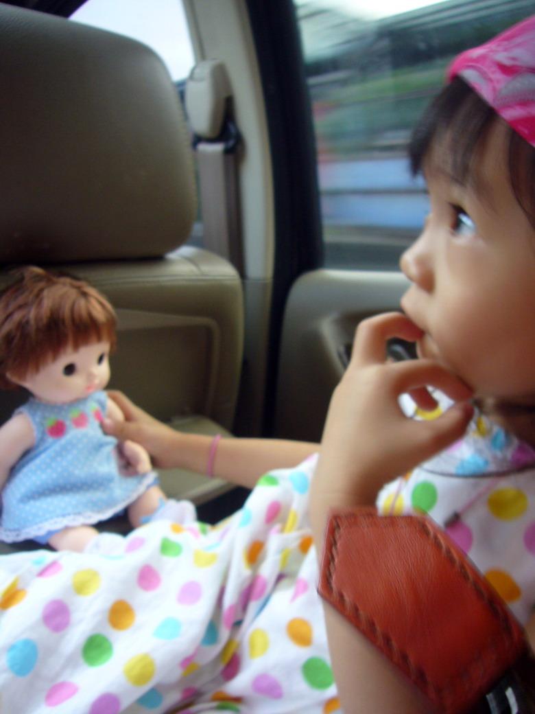 妹妹與娃娃