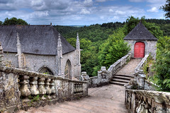 chapelle St barbe (kimcass) Tags: monument st landscapes bretagne morbihan chapelle hdr barbe photographe bracketing lefaouet faout chapellestbarbe kimcass 3imeplaceconcoursphotosncf2009