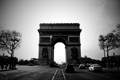 arc de triomphe (amulvey) Tags: trip vacation blackandwhite paris france cars canon rebel europe xsi larcdetriomphe