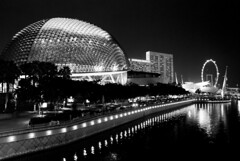 esplanade - theaters by the bay (Akaal Studio) Tags: esplanadetheatersbythebay esplanade f1 blackandwhite monochorme nightshot longexposure tripod angad nikond60 singapore nikkorafsdx18105mmf3556edvr nikkor18105mm all rights reserved using or modifying them without written permission is illegal it shall be reported relevant authorities