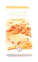 Lindt Grandeur White Chocolate Almond