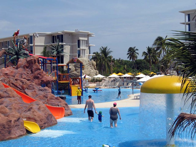 Splash Jungle Water Park Phuket