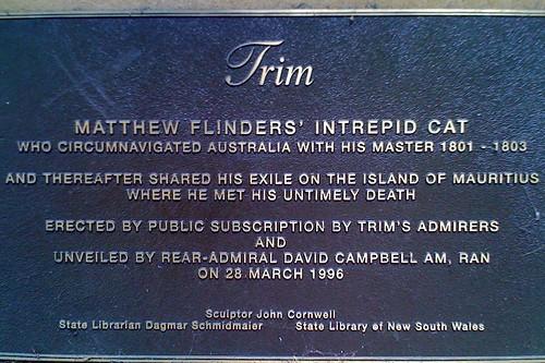 Trim sign