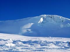 IMG_7502 (chrisgandy2001) Tags: mountain snow ski switzerland skiing bluesky snowboard zermatt matterhorn bluebird skitrips cervino sweiss aplusphoto gettyvacation2010