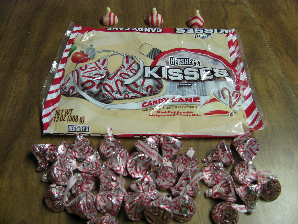 Candy Cane Kisses - MI00077