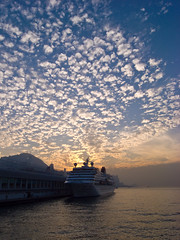 A rare sky in Hong Kong ... (jazzpic) Tags: china cruise blue sunset sky clouds hongkong asia ship harbour places rare ricoh tst gx100 msimons ricohgx100