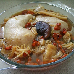 Steamed Chicken Soup with Dried Abalone & Scallops