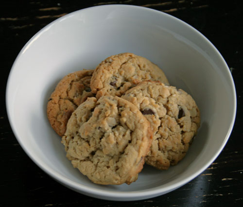 Mmm … Peanut Butter Chocolate Oatmeal Cookies