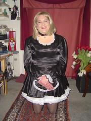 Sissy Maid Simone (simonemichelle2008) Tags: tv transgender sissy transvestite lipstick dragqueen satin maid crossdresser tg submissive draqqueen sissymaid tgurl transvestitemaid tansvestitemaid collaredsissy