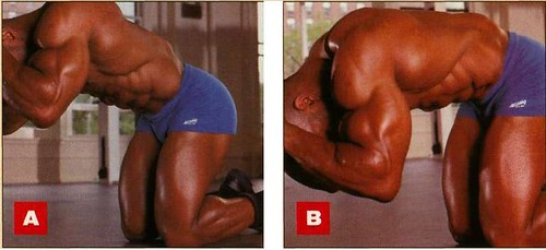Fitness hareketleri Kaslı erkek vücudu vücut geliştirme hareketleri