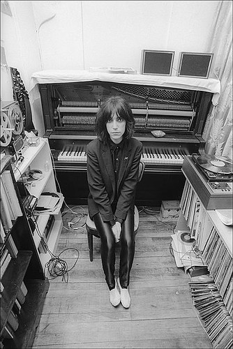 becf2933b83a6a27_Patti_Smith