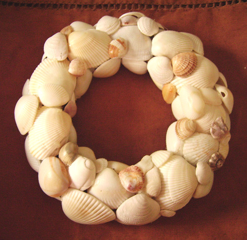 shell-wreath-001