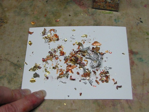 Leafing Flakes with Zig Glue Pen005