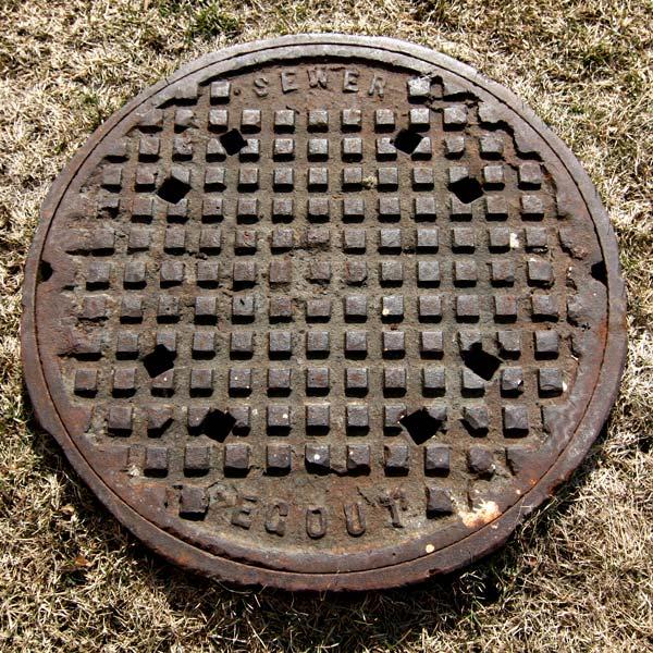 sewer_grass