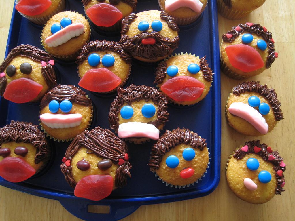 Face Cupcakes