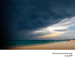 Momentos antes de la tormenta (Playa Mujeres, Mxico) (danielgil50) Tags: light sea sky sun storm verde beach azul clouds canon mar playa nubes tormenta g9