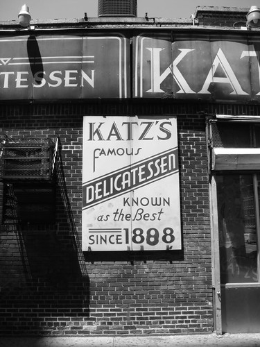 Katz's Delicatessen. Manhattan 2009.