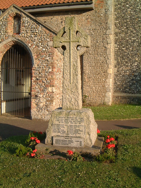 Strumpshaw Village War Memorial, St Peters churchyard