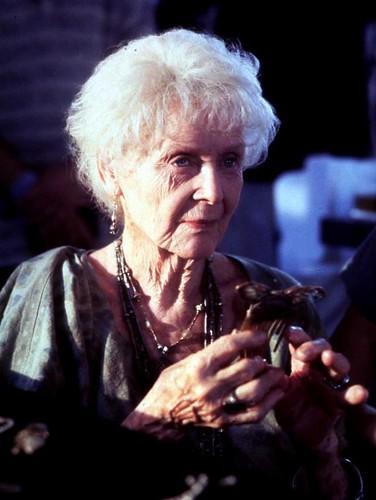 Gloria Stuart in Titanic by domingoobazajabonillojr.2007.