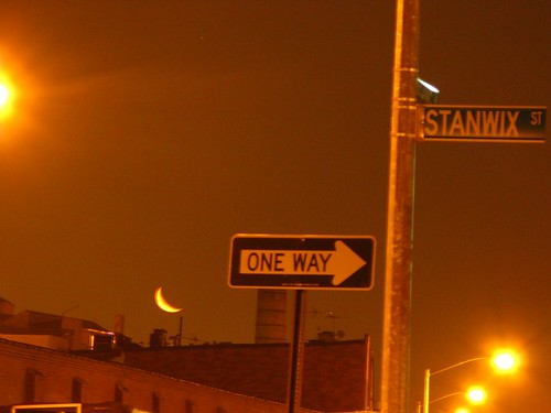 Moon over (Bushwick) Stanwix St