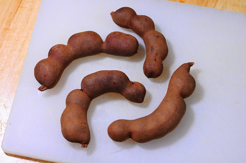 sweet tamarind full pods
