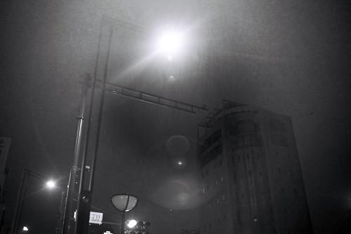 Be lit by streetlights by keganimushi