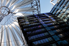 Sony Center (4) (Claus Jordan) Tags: city blue sky urban sun white black building berlin architecture modern skyscraper germany deutschland design cool sony sunny wideangle potsdamerplatz sonycenter architektur metropolis deutschebahn sonne mitte wolkenkratzer