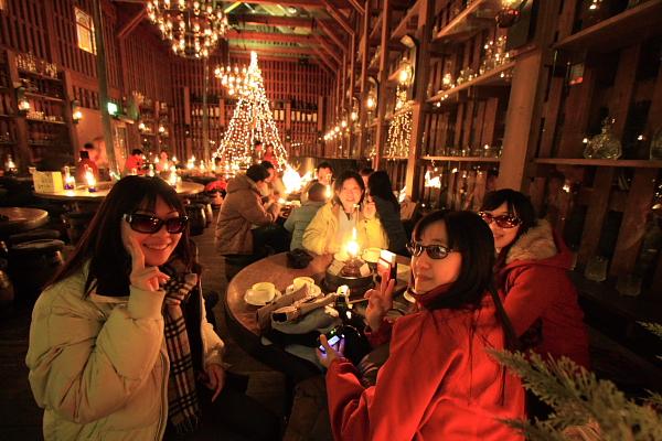 2009北海道-D3-3-歐風煤油燈咖啡_07.JPG