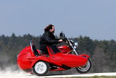 2007 Apr 08 -D80- 011_bearbeitet-1 (urs.guzziworld) Tags: moto motoguzzi guzzi gespann fotoshooting seitenwagen 20070408