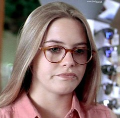 Alicia Silverstone wearing glasses in the movie True Crime (GwG Fan) Tags: screencap truecrime aliciasilverstone filmcap girlswithglassesgwgs truecrimemovie