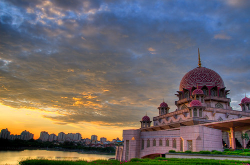 Putra Mosque Sunset HDR-ed