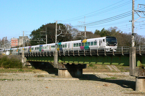 浅川を渡る E257系 あずさ