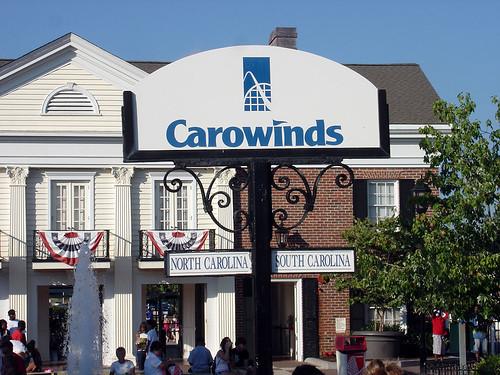 Carowinds Border Sign