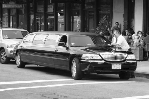 Limousine...