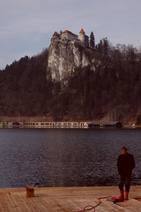 (olle_e) Tags: man castle water hill slovenia bled lakebled